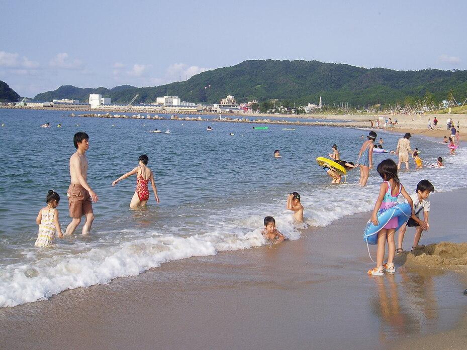 香住浜海水浴場 | 観光スポット | 兵庫県公式観光サイト HYOGO!ナビ(ひょうごツーリズムガイド)